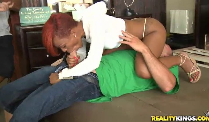 Tila Flame Gorgeous Ebony Slut Fucking On Camera
